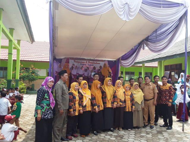 Camat Pardasuka Hadiri Pelepasan dan Perpisahan Purna Tugas Kepala SD Negeri 2 Tanjung  Rusia